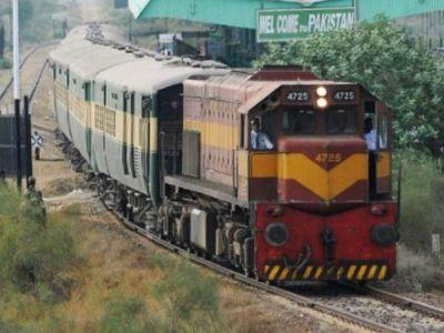 पाकिस्तान से 150 यात्रियों को लेकर भारत रवाना हुई समझौता एक्सप्रेस