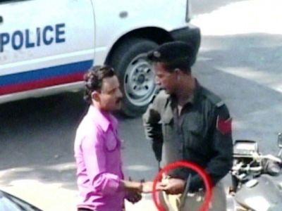 सर्वे के अनुसार भारतीय पुलिस सबसे अधिक भ्रष्ट