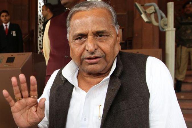 लोकसभा चुनाव के लिए सपा ने जारी की 6 प्रत्याशियों की पहली सूची, मैनपुरी से मुलायम होंगे प्रत्याशी
