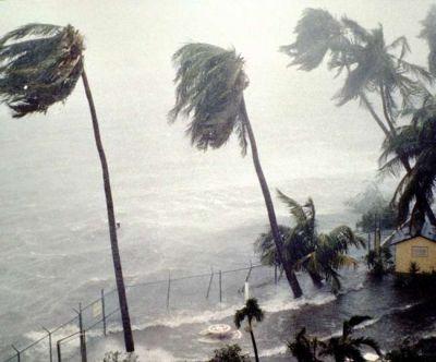 अमेरिका में आया चक्रवाती तूफान 'बम', मौसम विभाग ने जारी की चेतावनी
