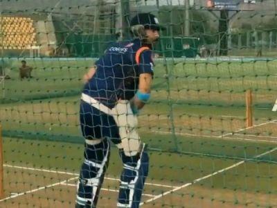 'Dhaaga khol diye' Mumbai Indians captioned as Yuvraj Singh's palys in nets