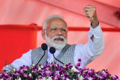 Some are abusing 'chowkidars', they lack courage to name me: PM  Modi