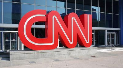 CNN ऑफिस के बाहर भारतीयों ने किया प्रदर्शन, अघोरियों के जरिये दिखाई  भारत की गलत छवि