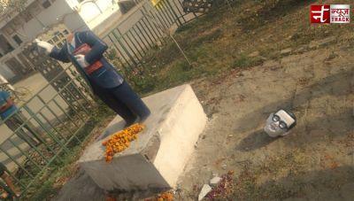 यूपी में उपद्रवियों ने तोड़ी बाबा साहेब की मूर्ति
