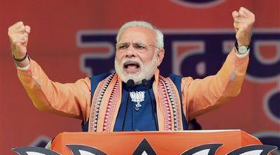 कर्नाटक चुनाव: पीएम मोदी की 3 रैलियां, आज सोनिया भी रण में