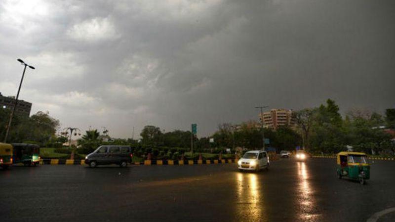 दिल्ली, नोएडा में होगी झमाझम बारिश, इन क्षेत्रों के लोगों को भी मिलेगी ठंडक