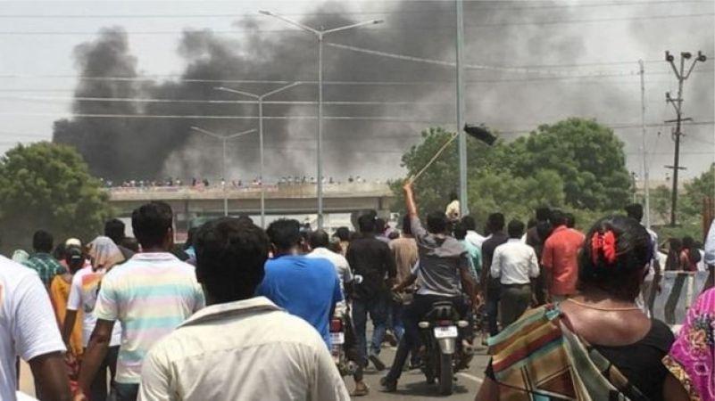 तमिलनाडु: तूतीकोरिन में सामने आया पुलिस का काला चेहरा