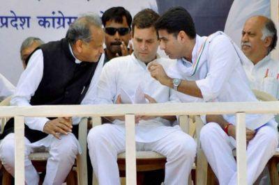 राहुल गाँधी के इस्तीफे पर घमासान, गहलोत, पायलट, प्रियंका आदि कई नेता पहुंचे उनके घर