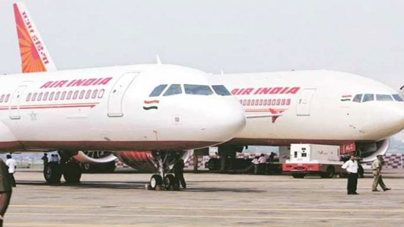एअर इंडिया के ग्राउंड हैंडलिंग कर्मचारियों की हड़ताल जारी, हवाई उड़ानें हो रहीं प्रभावित