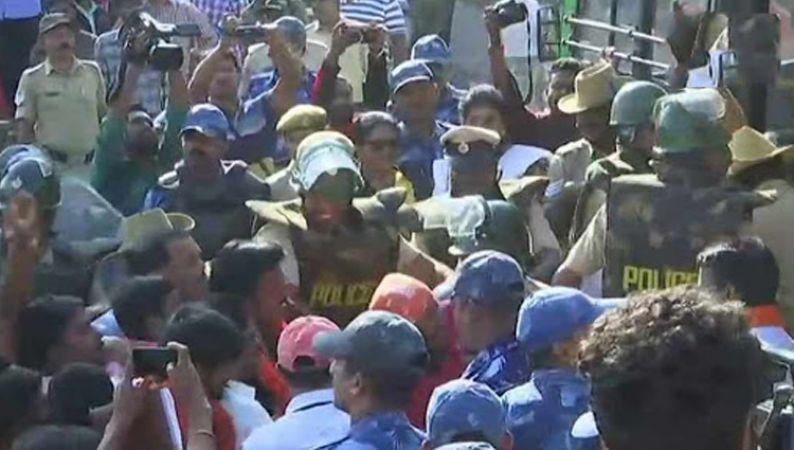 कर्नाटक : टीपू सुल्तान जयंती को लेकर नहीं थम रहा बवाल, बीजेपी का विरोध, कई लोग हिरासत में
