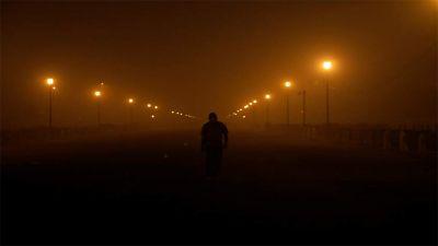 दिल्ली प्रदूषण : बिगड़ती ही जा रही वायु की गुणवत्ता, जल्द ही गैर CNG वाहनों पर लग सकती है पूर्ण रोक
