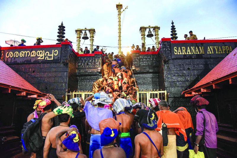 सबरीमाला मंदिर: विरोध प्रदर्शन और पुलिस की कार्यवाही के बीच, श्रद्धालुओं की संख्या में आई गिरावट