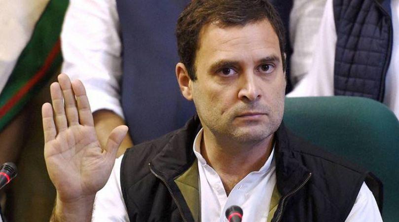 गुजरात में राहुल का कमाल, हर रोज़ करेंगे एक सवाल