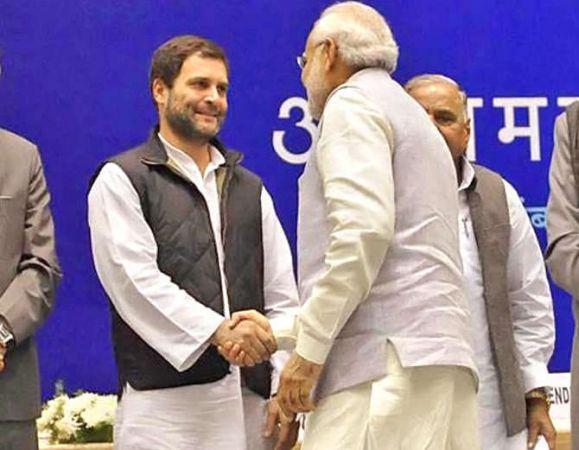 राहुल ने राफेल को लेकर मोदी को घेरा