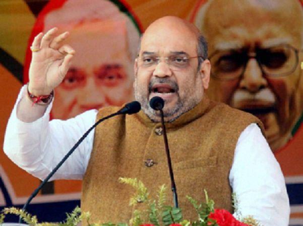 सबरीमाला विवाद: केरल में गरजे शाह, कहा श्रद्धालुओं के साथ चट्टान की तरह खड़ी है पार्टी