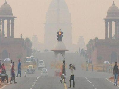 दिल्ली : प्रदूषण को लेकर केंद्र सरकार सख्त, कानून का पालन नहीं करने वालों को दी चेतावनी