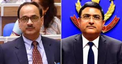 CBI बनाम CBI: अतिरिक्त एसपी भी पहुंचे दिल्ली कोर्ट, अस्थाना और सीबीआई पर लगाए गंभीर आरोप
