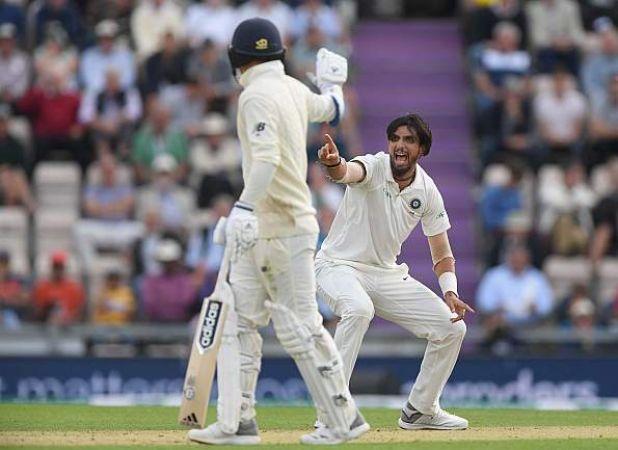 INDIA VS ENGLAND : दूसरी पारी में इंग्लैंड ने गवाए 3 विकेट, भारत की मुट्ठी में मैच