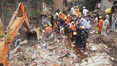 मुंबई में ईमारत गिरने से मरने वालो के आकड़ो में हुआ इजाफा