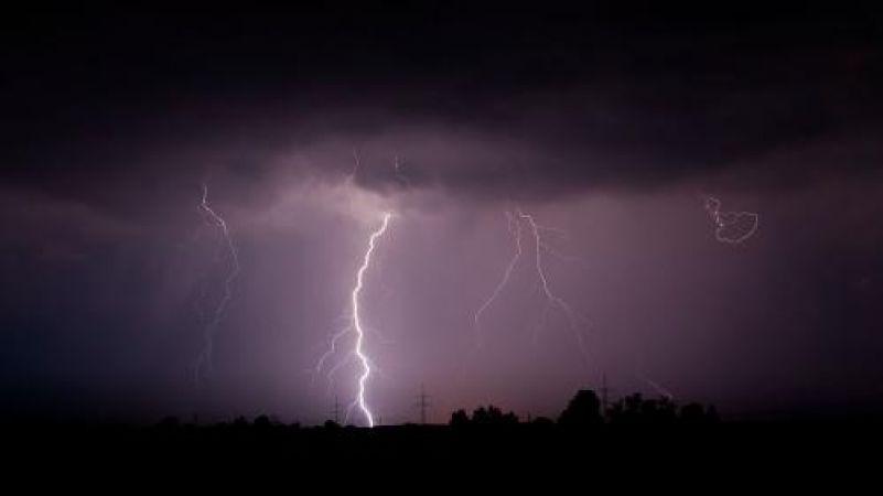 शाहजहांपुर में आकाश से मौत बन कर आई बिजली, चार बच्चों समेत छह लोगों की मौत