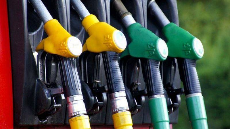 पेट्रोल और डीजल की कीमतों में अब तक की रिकॉर्ड बढ़ोतरी