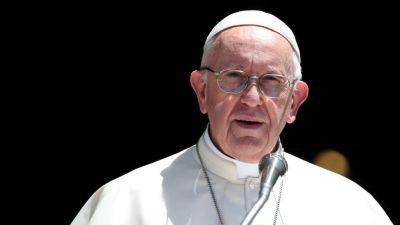 प्लास्टिक के कारण दुनिया भर में बिगड़ रही है समुद्रों की हालत : पोप फ्रांसिस