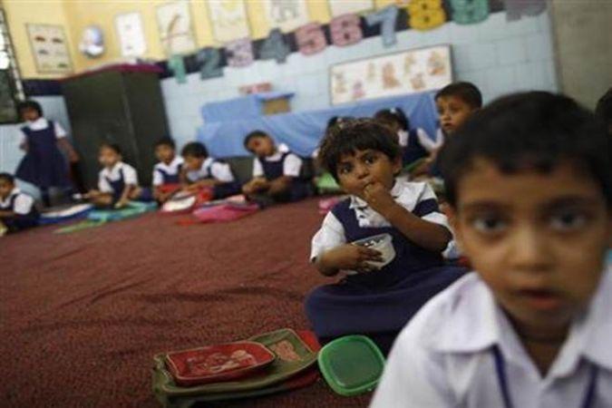 स्वच्छता सुविधाएं के मामले में भारत के स्कूलों में हो रही तेज़ तरक्की