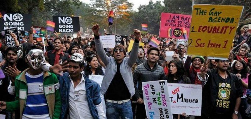 आर्टिकल 377 : भारत बना समलैंगिक संबंधों को वैध मानने वाला 126 वां देश, इन देशो में है यह सजा