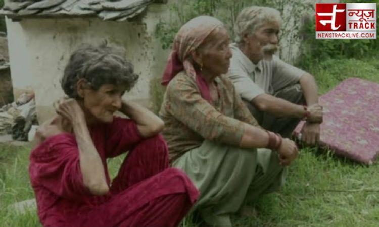 बेघर दंपत्ति ने मूक-बधिर महिला को लिया गोद, मदद के लिए सरकार से लगाई गुहार