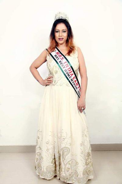 इंदौर की सीमा नीमा ने जीता 'मिसेस इंडिया बेस्ट होम मेकर' अवार्ड
