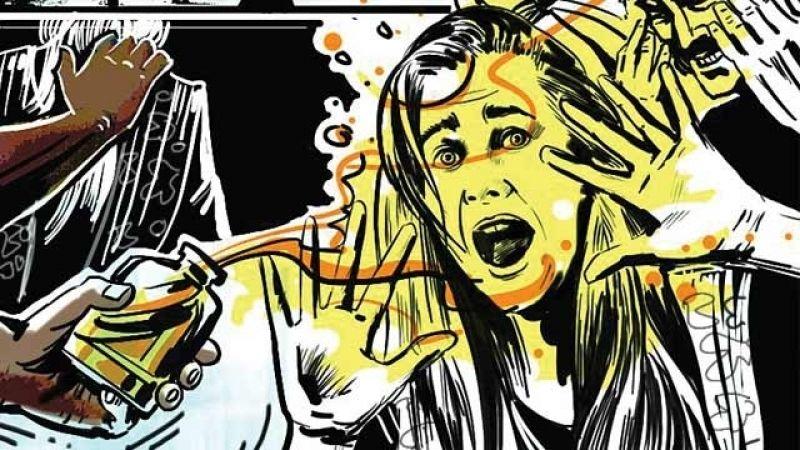 ट्रिपल तलाक पीड़ित महिला पर एसिड अटैक, हालत नाज़ुक