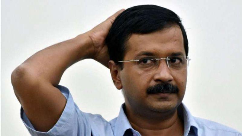 अंशु प्रकाश मामला: केजरीवाल की मुश्किलें बढ़ीं, दिल्ली हाई कोर्ट ने भेजा समन