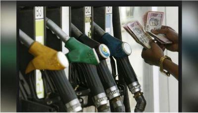 इस देश में पानी से भी सस्ता है पेट्रोल, जानिए कहा कितनी है कीमत