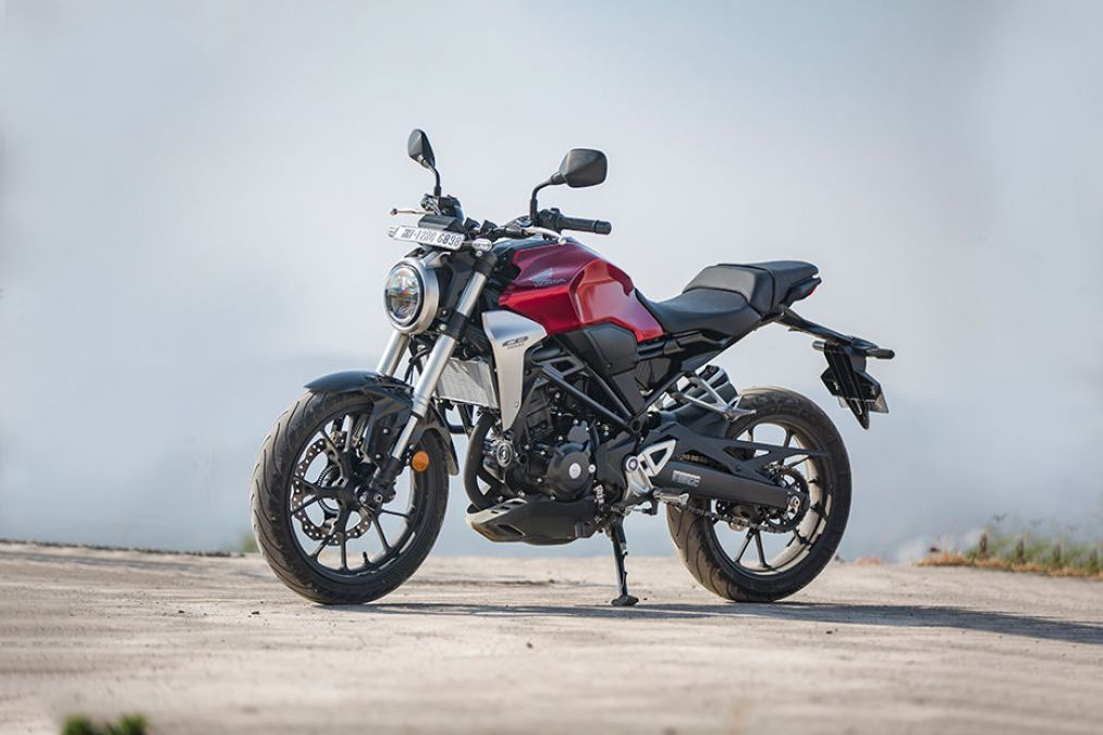 Honda CB300R Receives Its First Price Hike, Know the new price