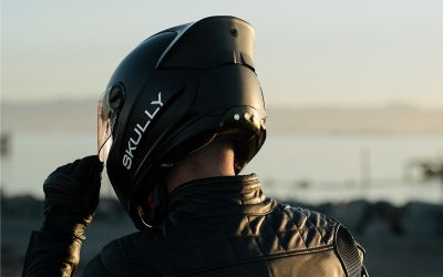 Helmets are becoming Hi-Tech, companies are adding special features!
