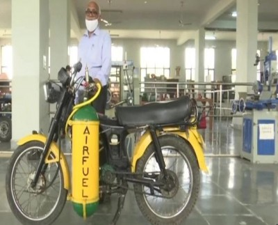 Lucknow resident manufactured bike that runs on air