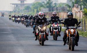 नए कानून के तहत अब बंद नहीं होगी बाईक की हेड लाइट