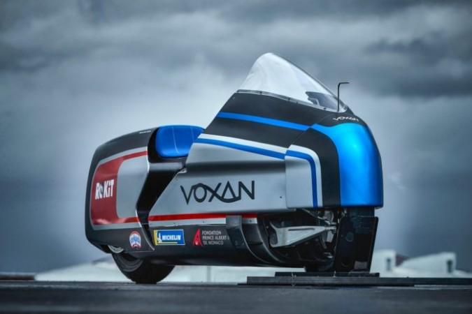 दुनिया में सबसे हॉट लुकिंग है ये बाइक, मात्र 6 सेकेंड में पकड़ती है 160 kmph की रफ़्तार