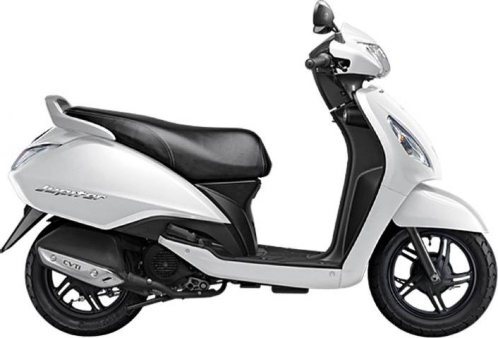 Take this amazing scooter at your home only for 3900 rupees