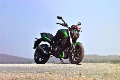 हर बाइक लवर्स की Bajaj Dominar 400 है पंसदीदा बाइक, कीमत में हुई इतनी बढ़ोत्तरी