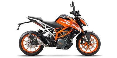 Bajaj Dominar 400 इन दो पावरफुल बाइक से कितनी है दमदार, जानिए तुलना