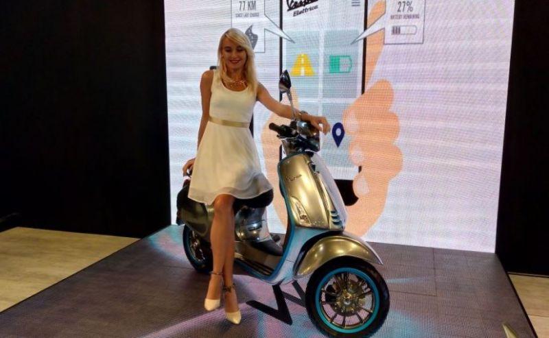 Piaggio showcase Vespa Electric Scooter in Auto Expo