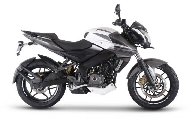 Bajaj launched NS 200 ABS Pulsar and its Ex-Showroom Price is 1.09 Lakh