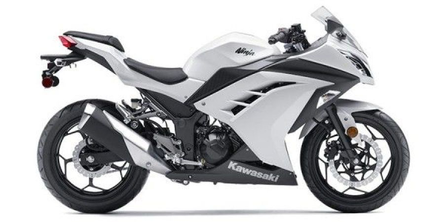 Kawasaki Ninja 300 is being offered with up to 38 thousand rupees discounts