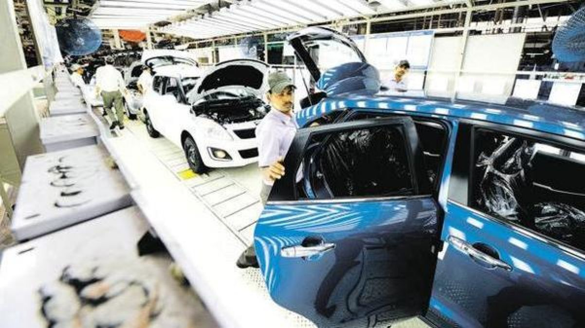 Auto sector seeks help from modi government help before festivals