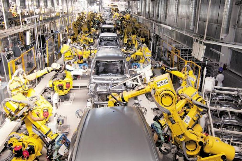 Maruti Suzuki to operate only one shift at all plants, this is the reason