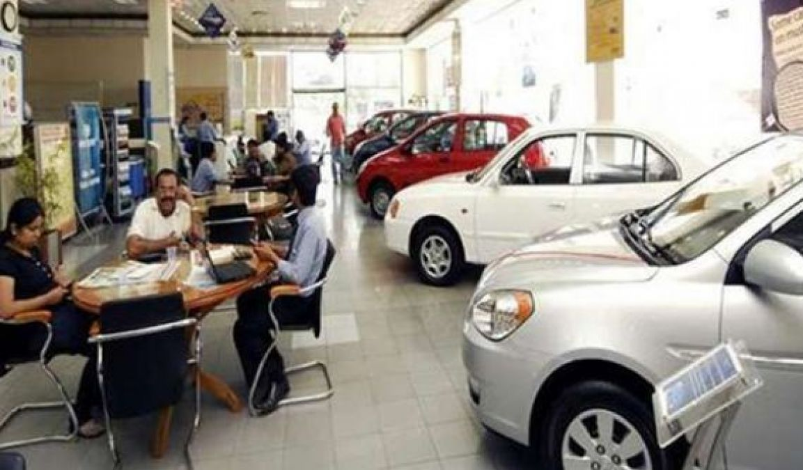 Auto Sector Crisis Deepens, GDP Will Fall Heavily