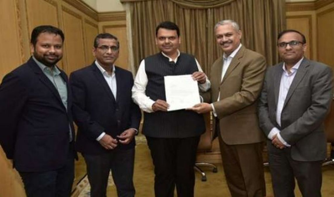 Mercedes-Benz donates Rs 48 Lac for flood relief