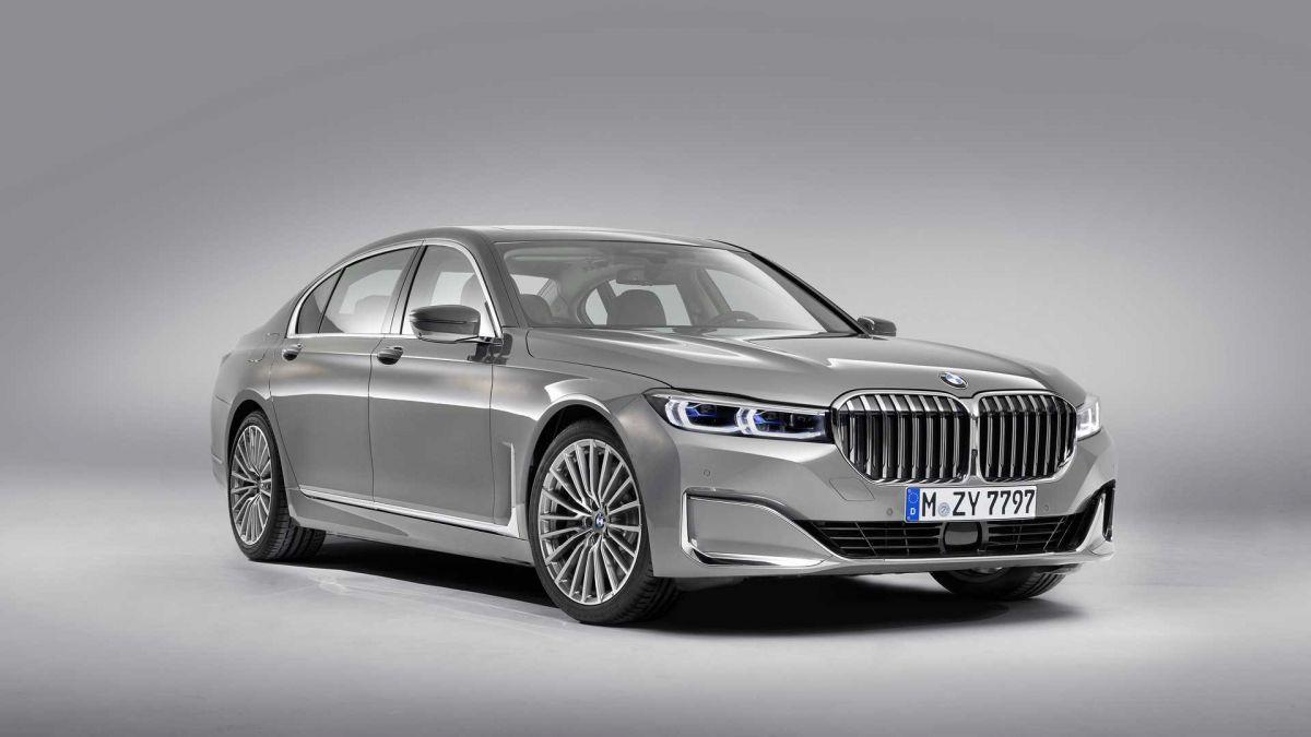 BMW 7 Series Facelift वर्जन इन जबरदस्त खूबियों से सुसज्जित