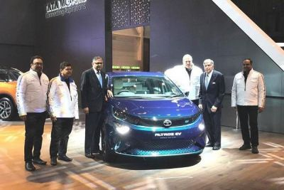 Geneva Motor Show : टाटा ने पेश की Tata Altroz और Altroz EV, जानिए क्यों खरीदे ?